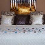 100_4549-bedroom_1